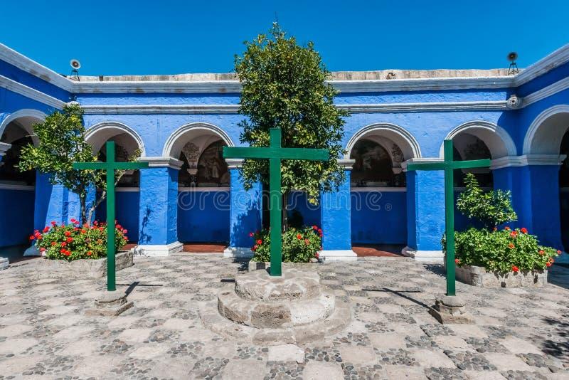 Santa Catalina för 3 kors kloster Arequipa Peru fotografering för bildbyråer