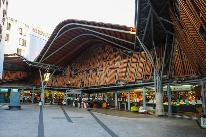 Santa Caterina, mercado local en Barcelona España fotografía de archivo