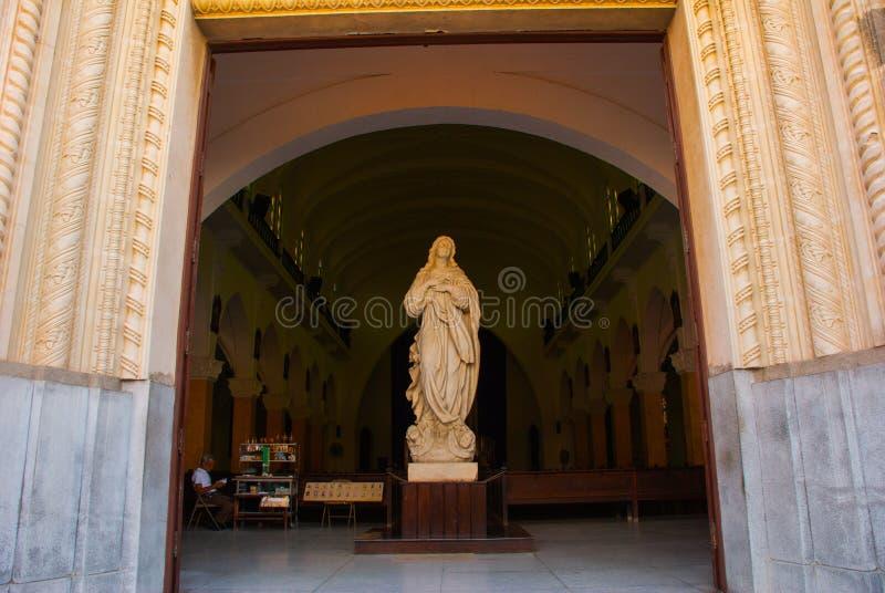 SANTA CLARA, CUBA : Cathédrale de Santa Clara de Asis images libres de droits