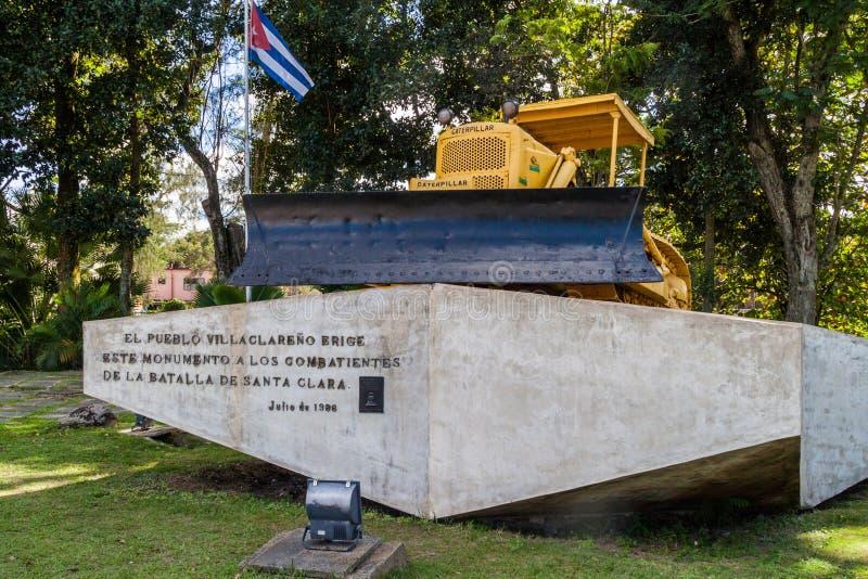 SANTA CLARA, CUBA - 13 DE FEBRERO DE 2016: Monumento al descarrilamiento del tren blindado en Santa Clara, Cuba Wa de la nivelado foto de archivo libre de regalías