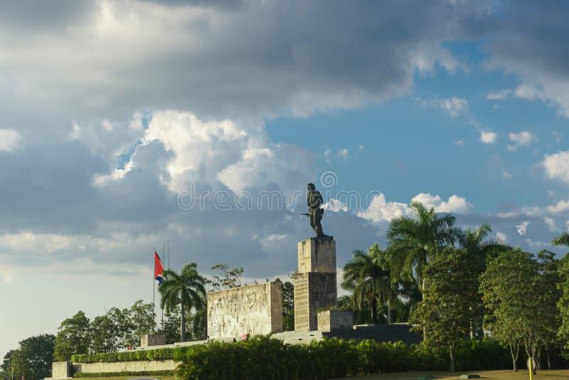 Santa Clara, Cuba, el 6 de enero de 2017: Monumento de Che Guevara del aire libre en Santa Clara fotos de archivo