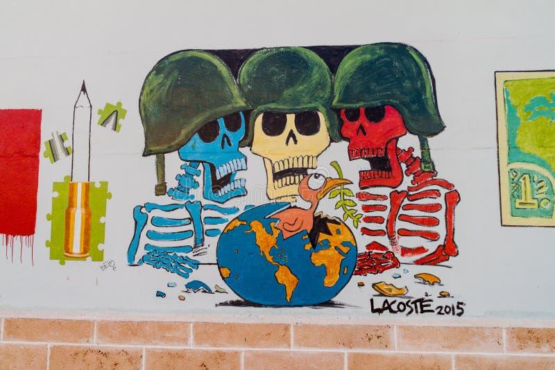 SANTA CLARA, CUBA - 13 FÉVRIER 2016 : Anti peinture murale de guerre en Santa Clara, Cu image libre de droits