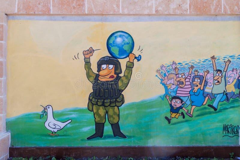 SANTA CLARA, CUBA - 13 FÉVRIER 2016 : Anti peinture murale de guerre en Santa Clara, Cu images libres de droits