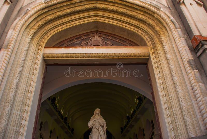SANTA CLARA, KUBA: Katedra Santa Clara De Asis obraz royalty free