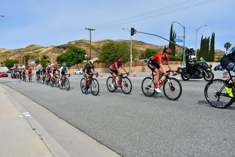 Santa Clarita, Ca USA am 18. Mai 2019 AMGEN-Ausflug des Rennens Kalifornien-Stadiums 7 durch Santa Clarita auf dem Weg nach Pasad stockfotografie