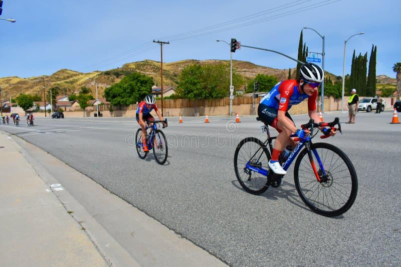 Santa Clarita, Ca USA am 18. Mai 2019 AMGEN-Ausflug des Rennens Kalifornien-Stadiums 7 durch Santa Clarita auf dem Weg nach Pasad lizenzfreie stockfotografie