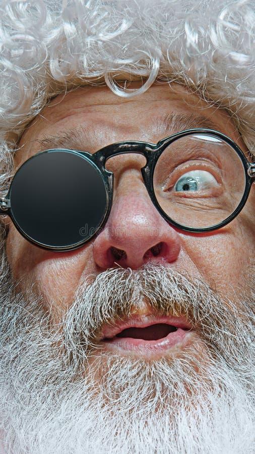 Santa Claus avec l'expression étonnée photo stock