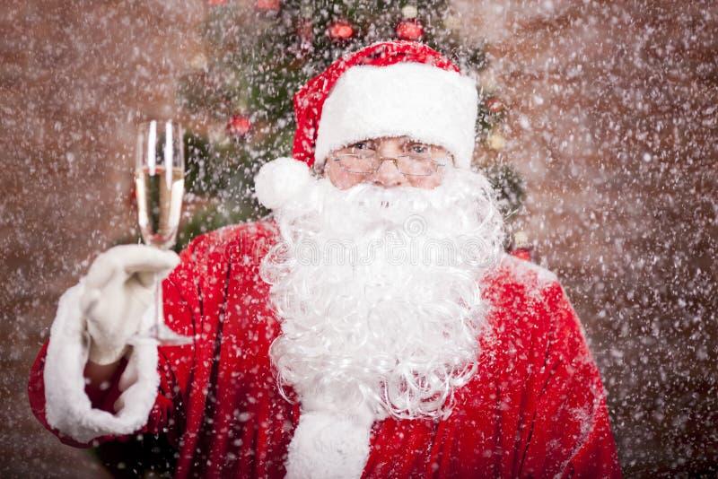 Santa Claus con un vetro fotografia stock