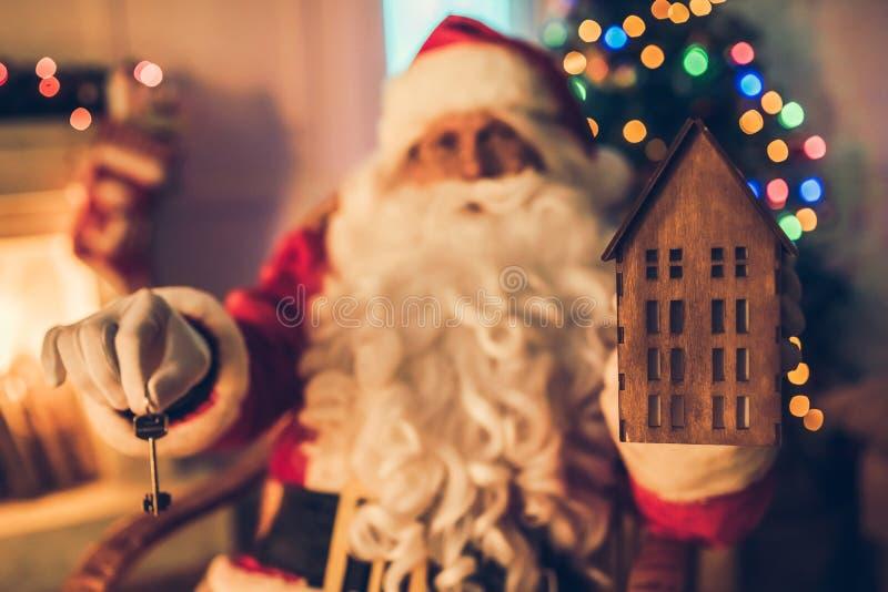 Santa Claus dans sa résidence photographie stock libre de droits