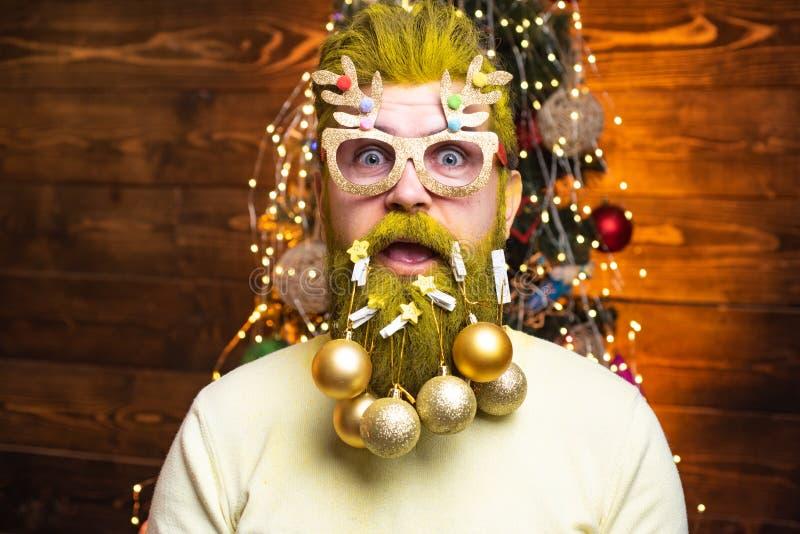Santa Claus desea Feliz Navidad Feliz Navidad y Feliz A?o Nuevo Ropa de la moda del A?o Nuevo D?a de fiesta feliz fotografía de archivo libre de regalías