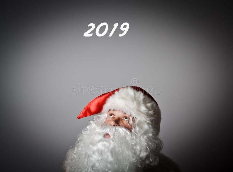 Santa Claus e dois mil dezenove fotografia de stock royalty free