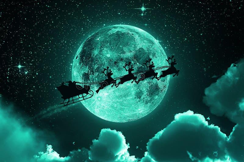 Santa Claus Flying On The Sky - verde fotografie stock libere da diritti