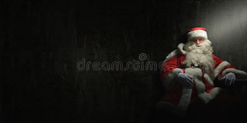 Santa Claus is gedronken of heeft een doorsmelting stock afbeeldingen