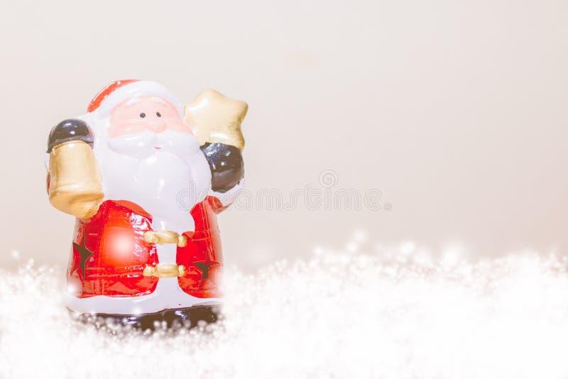 Santa Claus Holding Star y Bell fotografía de archivo