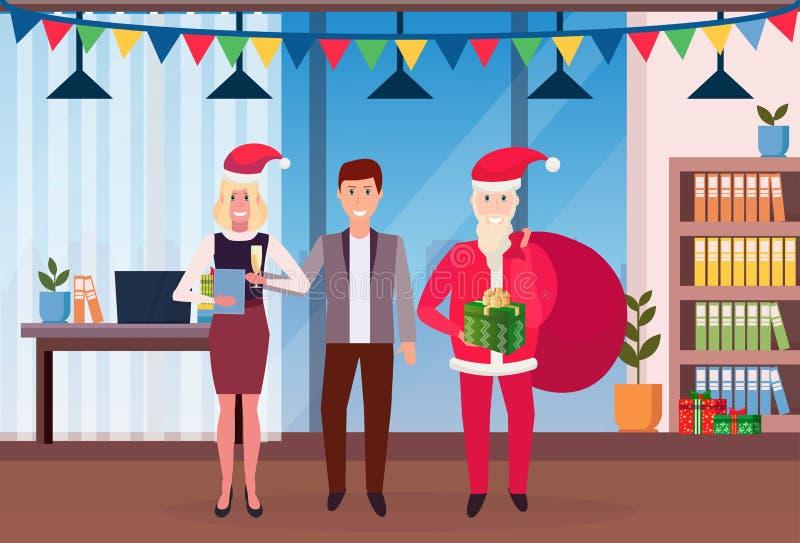 Santa Claus med affärsfolk som framlänges står i begrepp för beröm för glad jul för nytt år för modernt kontor inre stock illustrationer