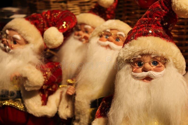 Santa Claus Merchandising Dolls - jul royaltyfria bilder