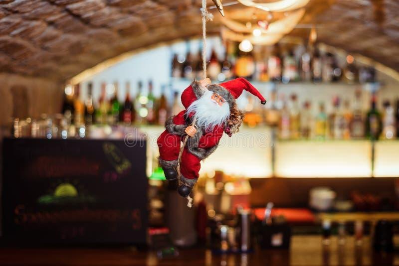 Santa Claus, Natale, celebrazione, barra del cocktail, ristorante fotografie stock