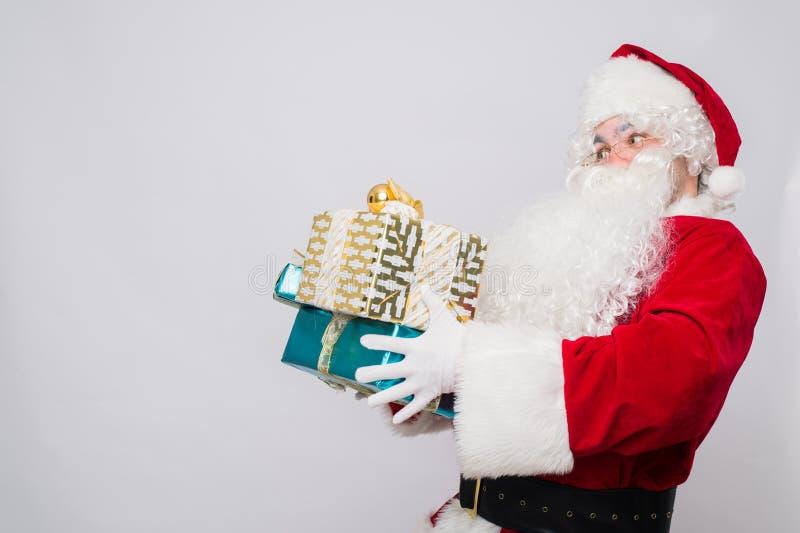 Santa Claus no Natal que chama pelo telefone foto de stock royalty free