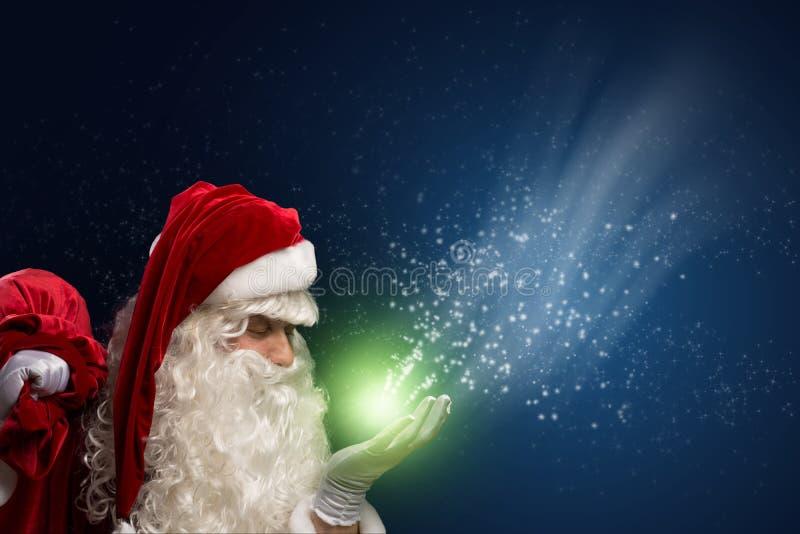 Santa Claus och magin royaltyfri bild