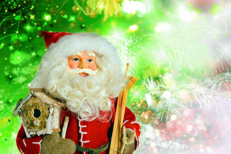 Santa Claus på julbakgrund royaltyfri fotografi