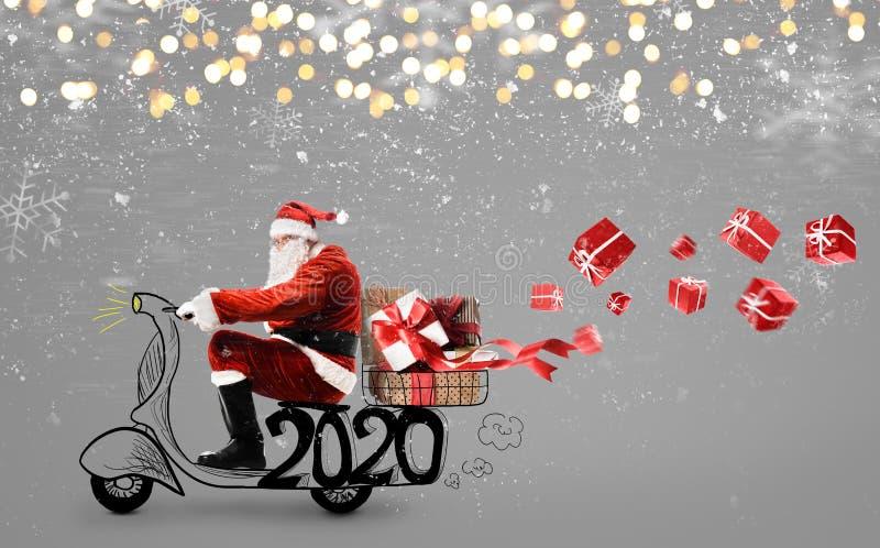 Santa Claus på scooter arkivbild