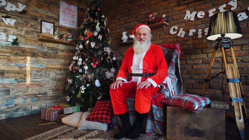 Santa Claus a photographié pour le cardsr de Noël photographie stock libre de droits