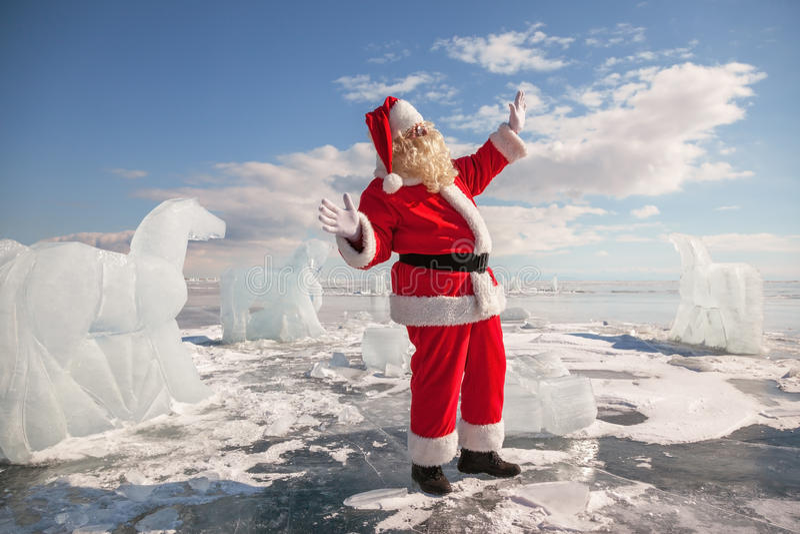 Santa Claus que está fora fotografia de stock royalty free