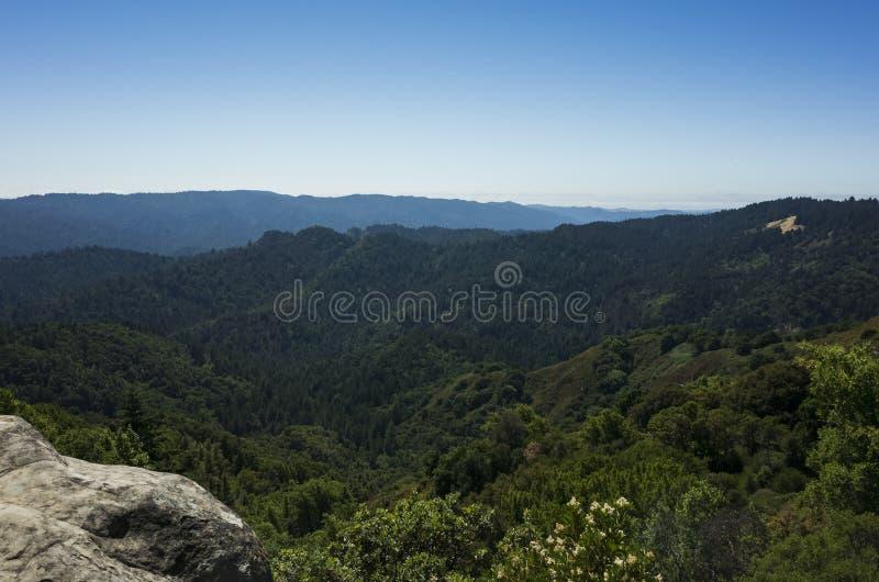 Santa Cruz berg i slott vaggar royaltyfri foto