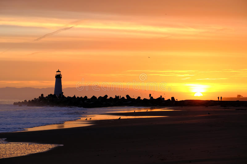 Santa Cruz Breakwater Light Walton Lighthouse bij zonsopgang royalty-vrije stock foto's