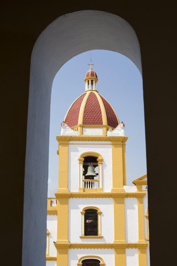 Santa Cruz de Mompox, BolÃvar/Colômbia - 19 de março de 2017 ³ n de MarÃa do concepcià de Plaza de la Immaculada imagem de stock royalty free