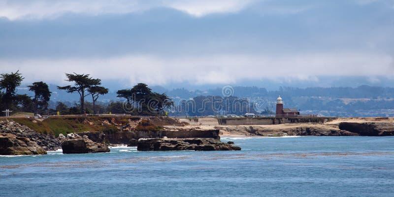 Santa Cruz Lighthouse en Santa Cruz Harbor royalty-vrije stock foto's