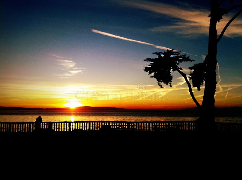 Santa Cruz Sunrise på stranden arkivbilder