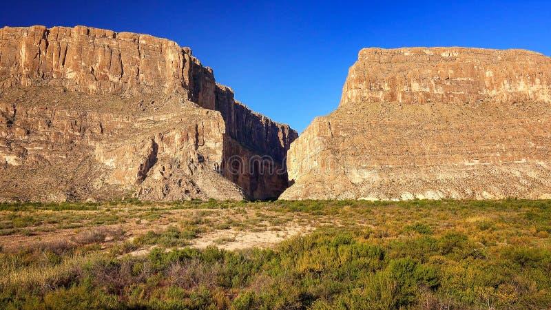 Santa Elena Canyon nel grande parco nazionale il Texas della curvatura fotografia stock