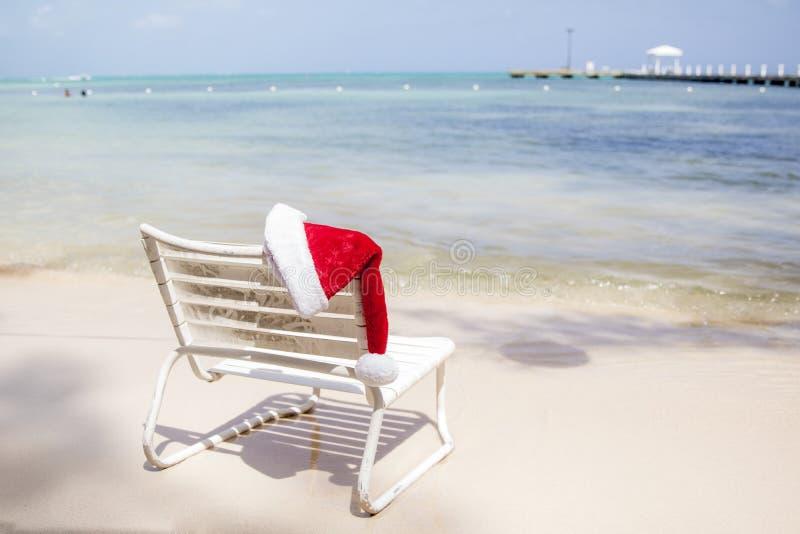Santa Hat In The Summer el Caribe fotografía de archivo