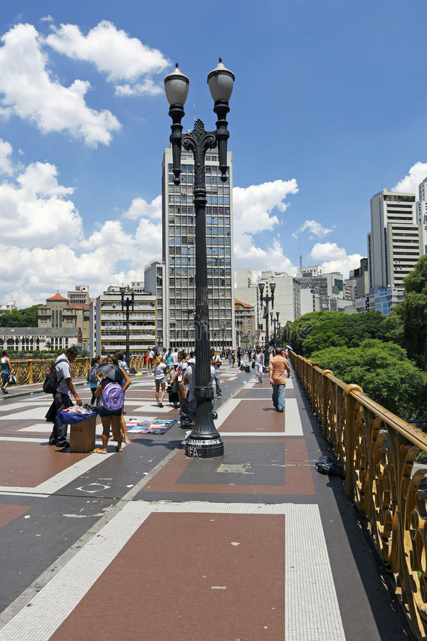 Santa Ifigenia viadukt i Sao Paulo royaltyfria foton