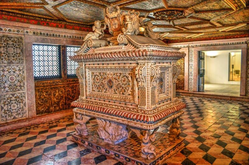 Download Santa Joana Princess Tomb In Aveiro Editorial Image - Image of baroque, chapel: 92490760