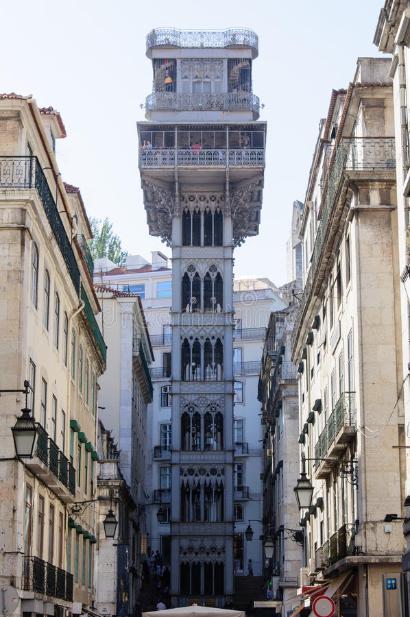 Santa Justa-Aufzug in Lissabon, Portugal lizenzfreie stockfotografie