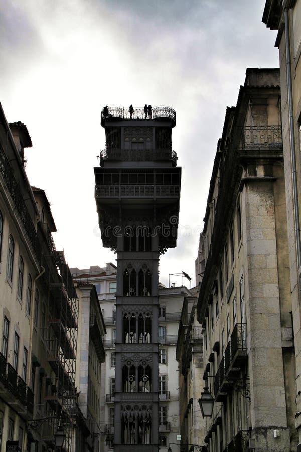 Santa Justa elevator i Lissabon arkivfoton