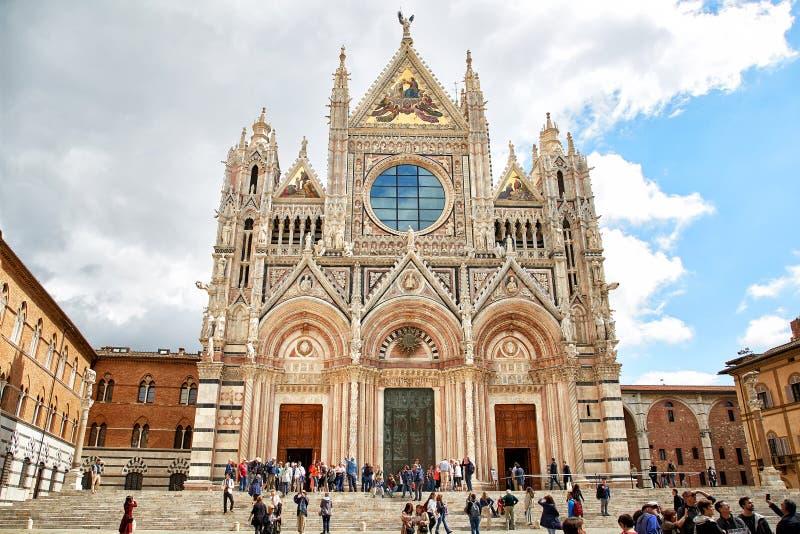 Santa Maria Assunta Cathedral en Siena, Italia foto de archivo