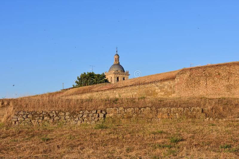 Santa Maria Cathedral et murs, Ciudad Rodrigo, provin de Salamanque images stock