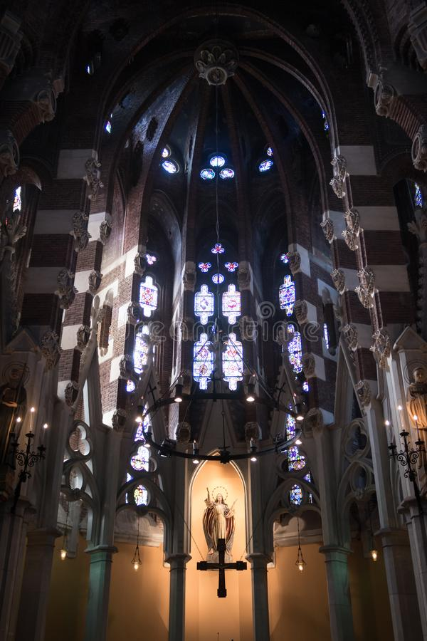 Santa Maria de Valldonzella kloster, kyrkligt altare royaltyfria bilder