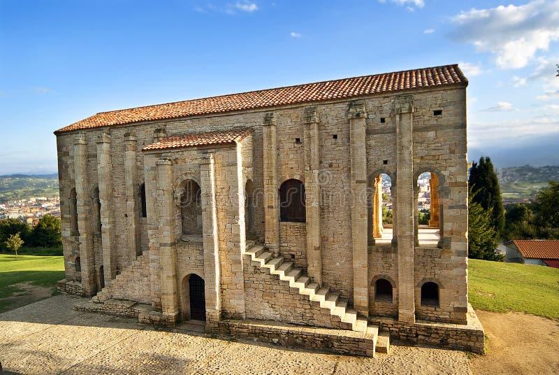 Santa Maria del Naranco Oviedo stock afbeeldingen