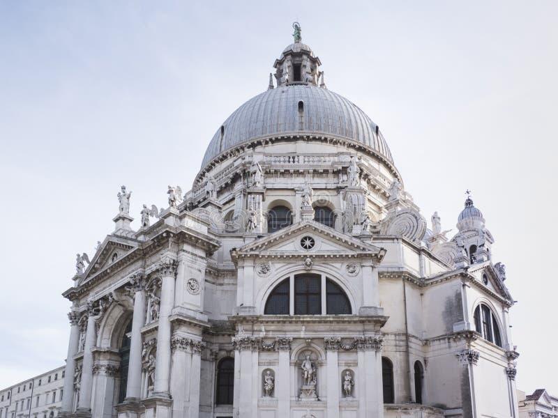Santa Maria della Salute eller St Mary av den vård- kyrkan royaltyfria bilder