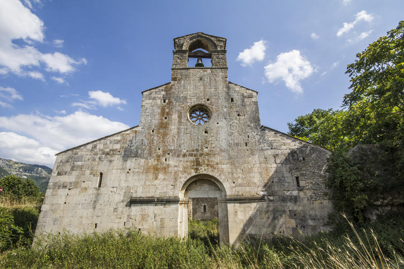 Santa Maria di Cartignano-voorgevel royalty-vrije stock fotografie