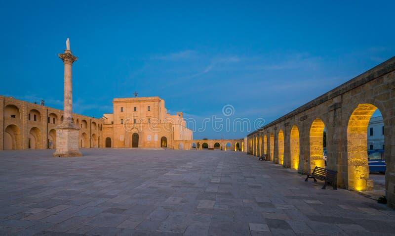 Santa Maria di Leuca Sanctuary le soir, province de Lecce, Puglia, Italie du sud photographie stock libre de droits