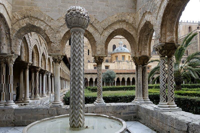 Santa Maria Nuova katedralny przyklasztorny, Monreale, Sicile zdjęcie stock