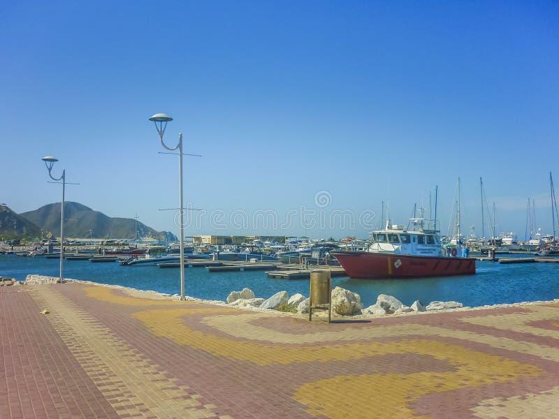 Download Santa Marta port obraz stock editorial. Obraz złożonej z światła - 57662789