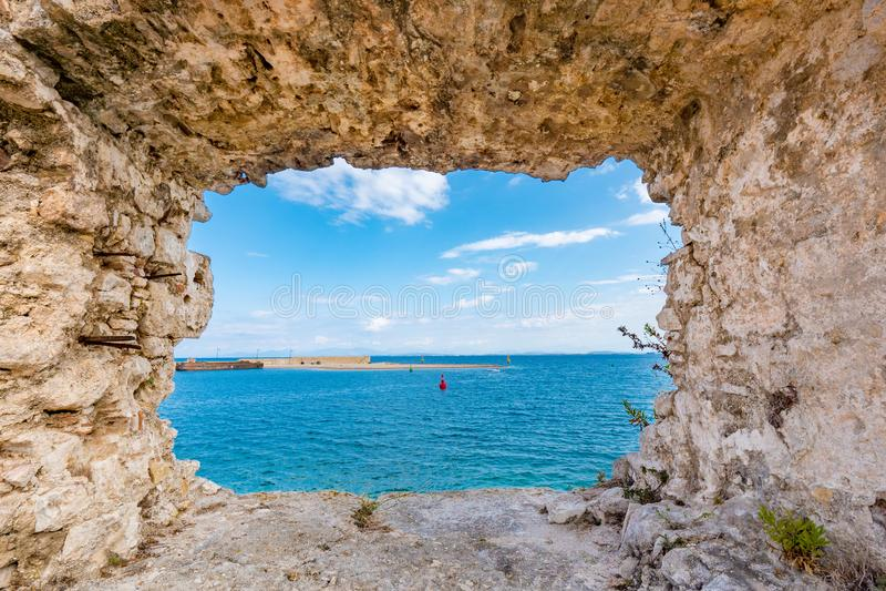 Santa Maura Fortress interna perto da cidade de Lefkada, turista importante fotografia de stock royalty free