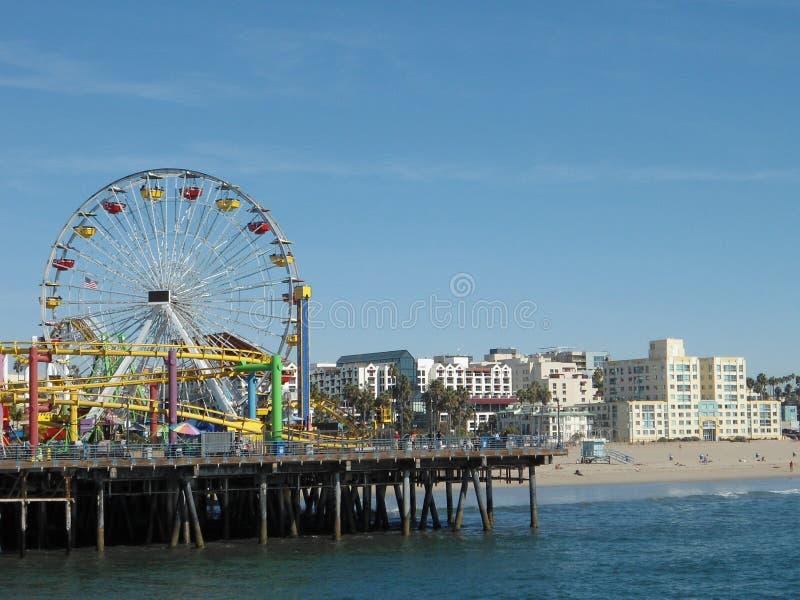 Download Santa Monica Pier immagine stock. Immagine di pilastro - 55363737