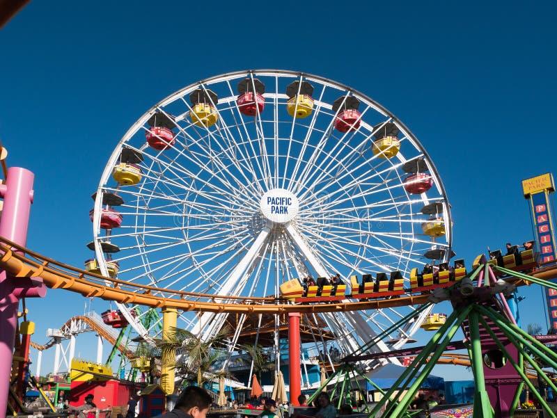 Santa Monica Pier Pacific Park Amusement Rides stockfotos